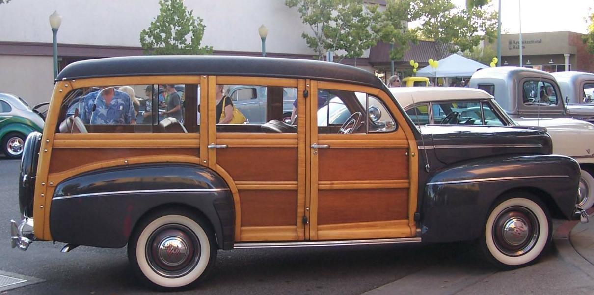 Skips's '46 Woodie